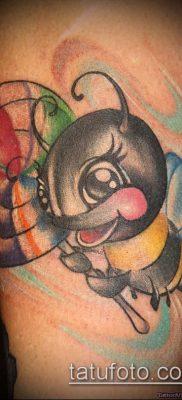 ТАТУИРОВКА ШМЕЛЬ №521 – прикольный вариант рисунка, который успешно можно использовать для преобразования и нанесения как татуировка шмель