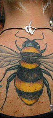 ТАТУИРОВКА ШМЕЛЬ №902 – классный вариант рисунка, который успешно можно использовать для переделки и нанесения как татуировка шмель на пальце