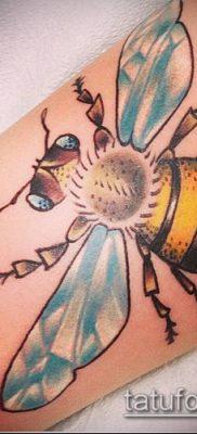 ТАТУИРОВКА ШМЕЛЬ №812 – эксклюзивный вариант рисунка, который успешно можно использовать для переработки и нанесения как татуировка шмель