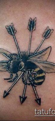 ТАТУИРОВКА ШМЕЛЬ №102 – эксклюзивный вариант рисунка, который легко можно использовать для переработки и нанесения как татуировка шмель щербинка