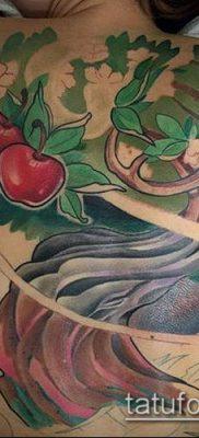 ТАТУИРОВКА ЯБЛОНЯ №157 – крутой вариант рисунка, который хорошо можно использовать для переработки и нанесения как тату яблоня