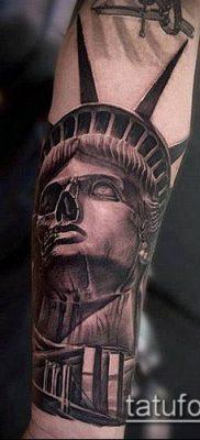 фото ТАТУ СТАТУЯ СВОБОДЫ (Tattoo) (значение) – пример рисунка – 018 tatufoto.com