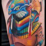 ЦВЕТНЫЕ ТАТУИРОВКИ №126 - классный вариант рисунка, который легко можно использовать для переработки и нанесения как цветные татуировки на груди