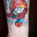 ЦВЕТНЫЕ ТАТУИРОВКИ №331 - достойный вариант рисунка, который легко можно использовать для преобразования и нанесения как цветные татуировки на теле