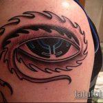 глаз гора тату №945 - интересный вариант рисунка, который хорошо можно использовать для переделки и нанесения как глаз гора тату