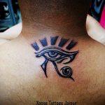 глаз гора тату №133 - прикольный вариант рисунка, который легко можно использовать для переработки и нанесения как глаз гора тату надпись