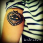 глаз гора тату №651 - прикольный вариант рисунка, который успешно можно использовать для переработки и нанесения как глаз гора тату правый или левый