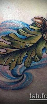 дубовые листья тату №28 – крутой вариант рисунка, который удачно можно использовать для переделки и нанесения как дубовые листья тату на
