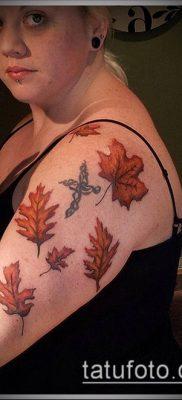 дубовые листья тату №779 – уникальный вариант рисунка, который успешно можно использовать для преобразования и нанесения как листья дуба тату