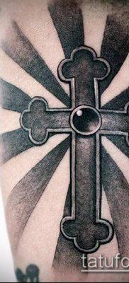 фото латинский крест тату (Tattoo) (значение) – пример рисунка – 015 tatufoto.com