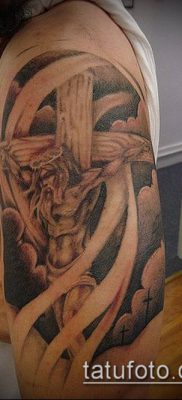 фото латинский крест тату (Tattoo) (значение) – пример рисунка – 064 tatufoto.com