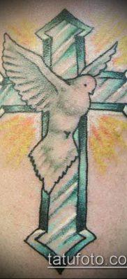 латинский крест тату №994 – уникальный вариант рисунка, который успешно можно использовать для преобразования и нанесения как латинский крест тату на руке