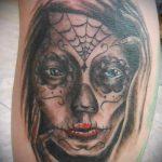 муэртос тату №985 - прикольный вариант рисунка, который успешно можно использовать для преобразования и нанесения как муэртос татуировки