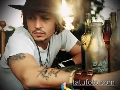 фото тату Джони Деппа (Johnny Depp) (значение) - пример рисунка - 023 tatufoto.com