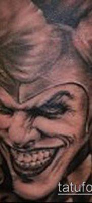 тату арлекин №399 – достойный вариант рисунка, который легко можно использовать для переделки и нанесения как тату арлекин я просто смех