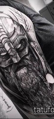 фото тату богатырь (strong man tattoo) (значение) – пример рисунка – 011 tatufoto.com
