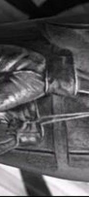 фото тату боксерские перчатки (Tattoo) (значение) – пример рисунка – 043 tatufoto.com