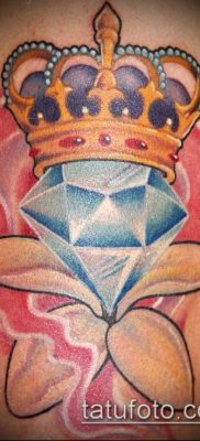 тату бриллиант №88 – достойный вариант рисунка, который хорошо можно использовать для переработки и нанесения как тату бриллиант на шее