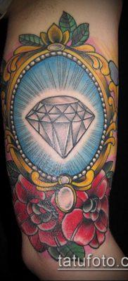 тату бриллиант №178 – достойный вариант рисунка, который удачно можно использовать для преобразования и нанесения как тату бриллиант у девушки
