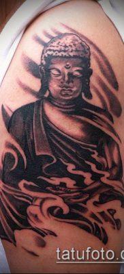 тату буддийские №225 – достойный вариант рисунка, который легко можно использовать для преобразования и нанесения как тату буддийские мантры