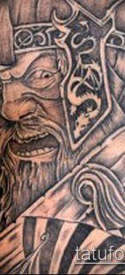 тату викингов №465 – достойный вариант рисунка, который хорошо можно использовать для доработки и нанесения как тату шлем викинга