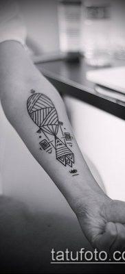 тату геометрические №56 – уникальный вариант рисунка, который удачно можно использовать для доработки и нанесения как тату геометрические браслеты