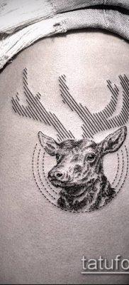 тату геометрические №704 – прикольный вариант рисунка, который успешно можно использовать для преобразования и нанесения как геометрические тату на предплечье