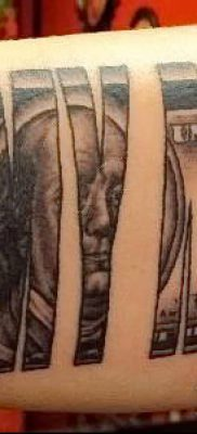 фото тату деньги (Tattoo money) (значение) – пример рисунка – 042 tatufoto.com
