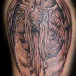 тату для мужчин №708 - классный вариант рисунка, который удачно можно использовать для переделки и нанесения как тату обереги для мужчин