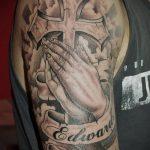 тату для мужчин №671 - эксклюзивный вариант рисунка, который легко можно использовать для доработки и нанесения как Men's tattoos