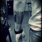 тату для мужчин №925 - крутой вариант рисунка, который легко можно использовать для доработки и нанесения как Men's tattoos