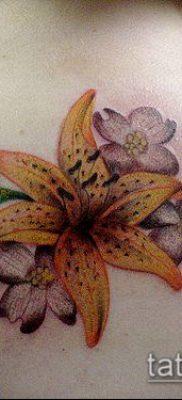 тату жасмин №8 – прикольный вариант рисунка, который хорошо можно использовать для переработки и нанесения как тату жасмин на спине