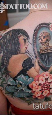 тату зеркало №876 – крутой вариант рисунка, который успешно можно использовать для переработки и нанесения как тату зеркала на спине
