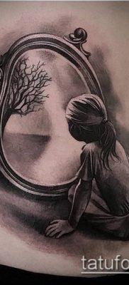 тату зеркало №916 – эксклюзивный вариант рисунка, который удачно можно использовать для доработки и нанесения как тату зеркало на ноге