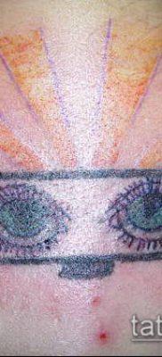 тату зеркало №559 – классный вариант рисунка, который удачно можно использовать для переработки и нанесения как тату зеркало венеры