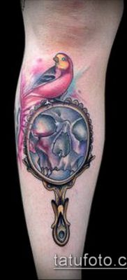 тату зеркало №973 – уникальный вариант рисунка, который легко можно использовать для переделки и нанесения как тату зеркало песочные часы