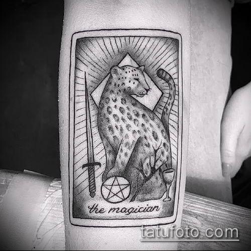 тату ирбис №354 - уникальный вариант рисунка, который удачно можно использовать для доработки и нанесения как тату ирбис на спине