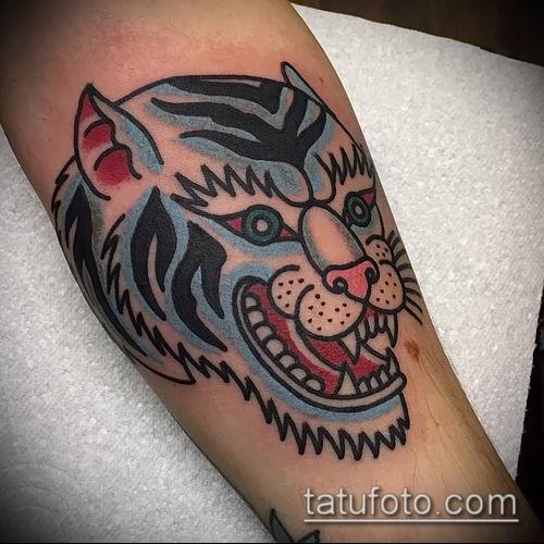 тату ирбис №738 - интересный вариант рисунка, который легко можно использовать для переделки и нанесения как тату ирбис на спине