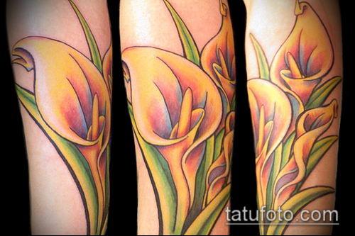 тату каллы №411 - прикольный вариант рисунка, который легко можно использовать для преобразования и нанесения как тату каллы акварель на бедре