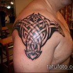 тату кельтика №974 - прикольный вариант рисунка, который удачно можно использовать для преобразования и нанесения как тату кельтика с драконом