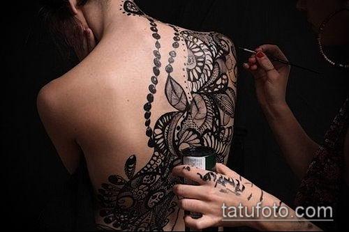 тату кружева №155 - прикольный вариант рисунка, который хорошо можно использовать для преобразования и нанесения как тату кружево под грудью