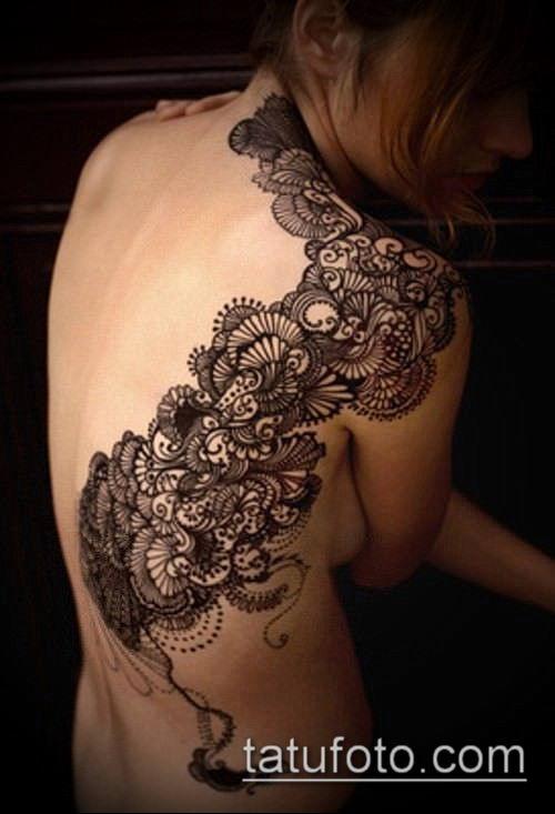 тату кружева №824 - классный вариант рисунка, который удачно можно использовать для преобразования и нанесения как тату кружево на спине