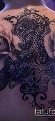 тату кружева №533 – прикольный вариант рисунка, который успешно можно использовать для переработки и нанесения как тату кружево на спине