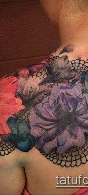 тату кружева №811 – эксклюзивный вариант рисунка, который хорошо можно использовать для преобразования и нанесения как тату кружево на бедре