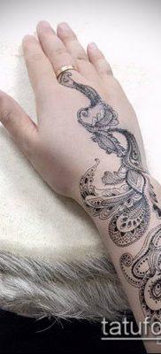 тату кружева №753 – эксклюзивный вариант рисунка, который легко можно использовать для переделки и нанесения как тату кружева на спине