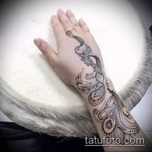 тату кружева №753 - эксклюзивный вариант рисунка, который легко можно использовать для переделки и нанесения как тату кружева на спине