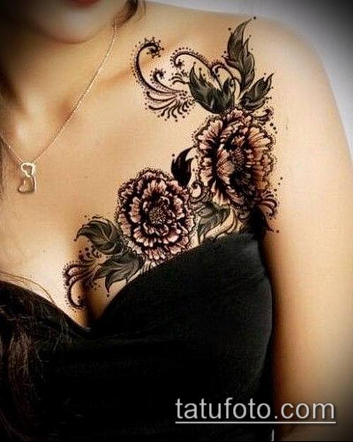 тату кружева №147 - крутой вариант рисунка, который легко можно использовать для преобразования и нанесения как тату кружево под грудью