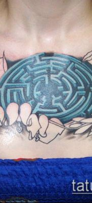 тату лабиринт №195 – достойный вариант рисунка, который удачно можно использовать для переработки и нанесения как тату лабиринт рукав