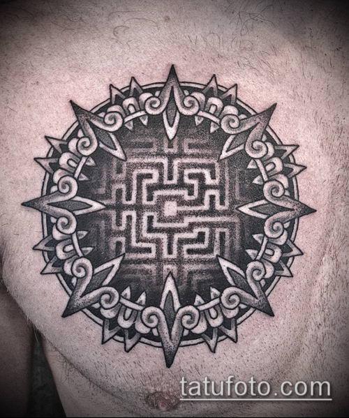 тату лабиринт №232 - крутой вариант рисунка, который легко можно использовать для преобразования и нанесения как человек в лабиринте тату