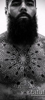 тату лабиринт №199 – интересный вариант рисунка, который хорошо можно использовать для переделки и нанесения как тату лабиринт минотавра